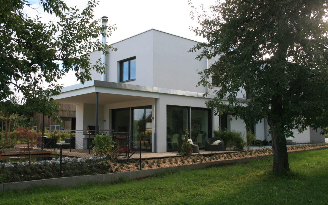 Neubau EFH mit Büroteil, Minergie, gebaut nach Vastu, Busswil